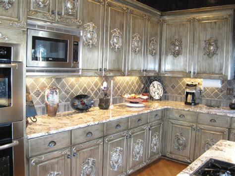formica kitchen cabinets for the kitchen these kitchen cabinets are laminated with