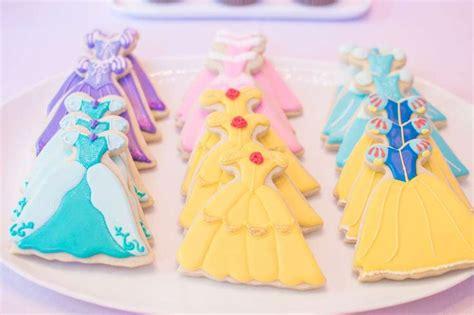 best 25 princess cookies ideas on disney princess cookies school cookies image and