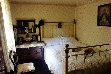 cottage upholstery irish cottage interiors cottage furniture decor