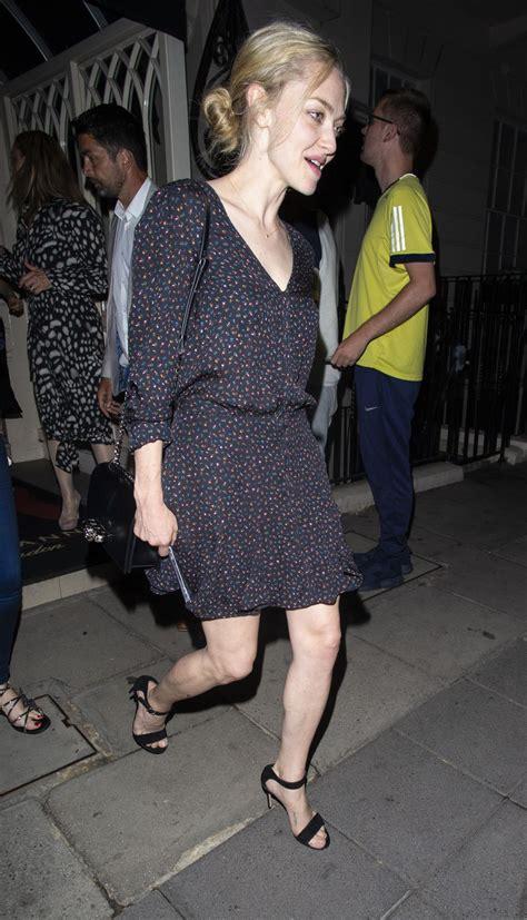 amanda seyfried london celebrity dresses amanda seyfried out in london justfabzz