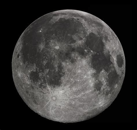 Lunar L by La Terra Vista Dalla