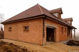 maison en terre afrique images