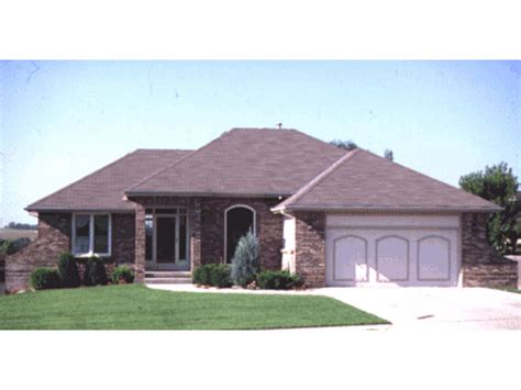 hip roof house plans ranch house porch addition ranch house with hip roof