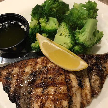 boat house grill reviews charley s boat house grill fort myers beach restaurant