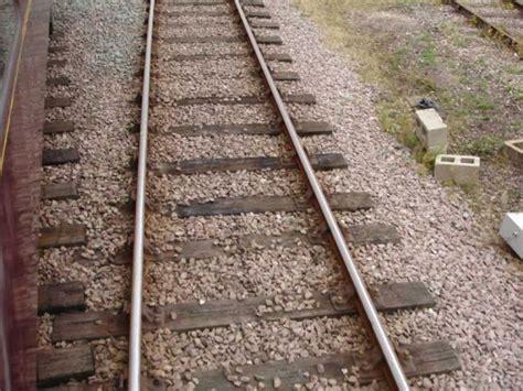 Railway Sleeper Length by Railway Sleepers