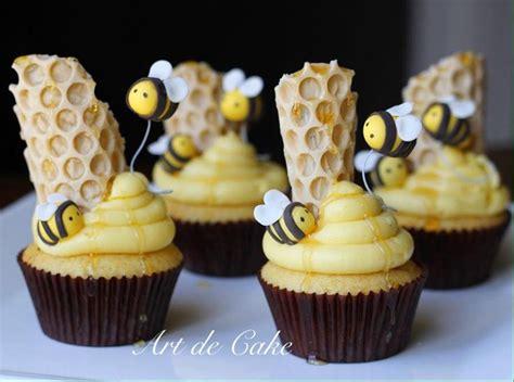 best 25 bee cupcakes ideas on