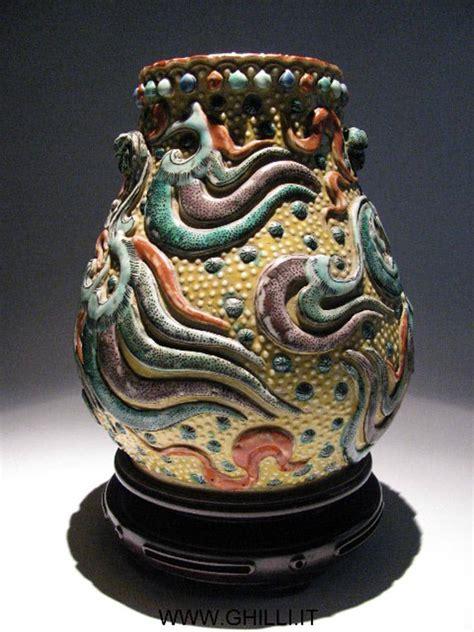 vaso cinese antico vaso porcellana cinese antico decori in rilievo inizio xx