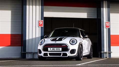 mini john cooper works challenge wallpapers hd images wsupercars