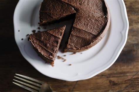 Flourless Chocolate Cake For Passover by Flourless Chocolate Cake For Passover Jewishboston