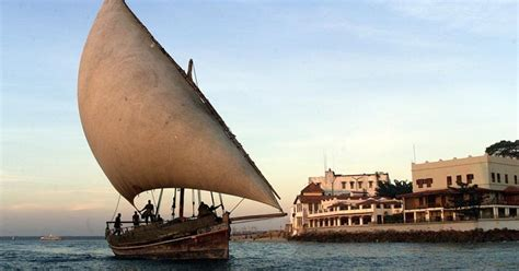 boat in latin pirate yarns history of the dhow