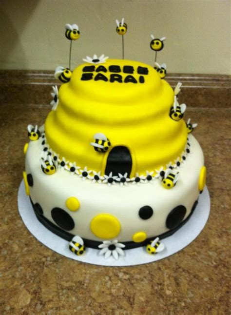 Bumble Bee Cakes For Baby Shower by Yellow Black White Bumble Bee Baby Shower Cake