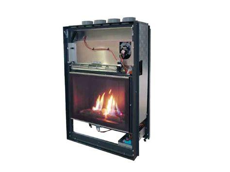 inserti camini prezzi camini a inserto installazione climatizzatore