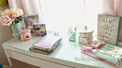 cute office desk decor belindaselene diy inspired office desk space