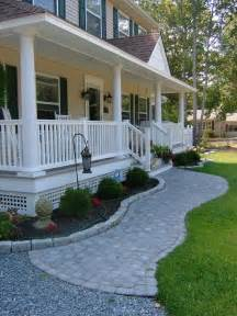 house porch designs 25 best ideas about sidewalk landscaping on driveway landscaping front walkway