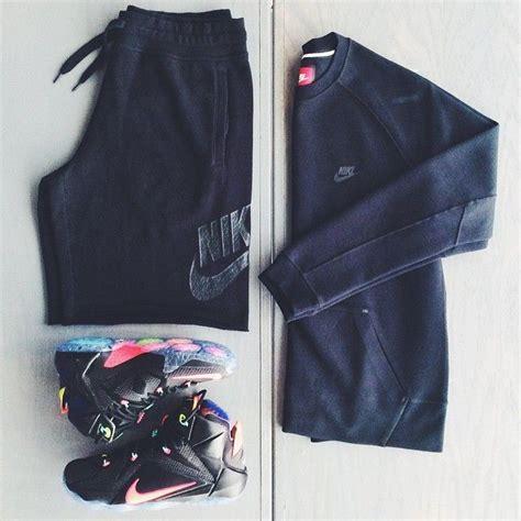 Tshirt Lebron Black Rann F nike lebron hyper punch shorts
