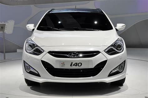 luxury car hyundai i40 2012