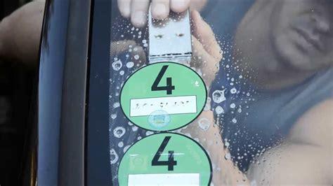 Aufkleber Von Autoscheibe Entfernen by Umweltplakette Vignetten Aufkleber Am Auto Kfz