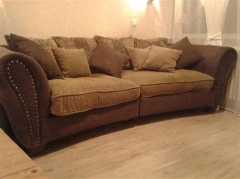 how big is a loveseat vintage big sofa braun beige mit nieten in kaarst