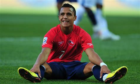 alexis sanchez udinese fifa manchester city keep watchful eye on 163 32m udinese striker