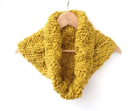 cowl pattern chunky yarn chunky chevron cowl yarns patterns and cozy winter
