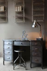 Industrial Home Office Desk Best 25 Industrial Desk Ideas On Industrial Pipe Desk Industrial Workspace And Diy