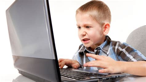 imagenes de niños usando la tecnologia sintomas de los ni 241 os adictos a las nuevas tecnolog 237 as