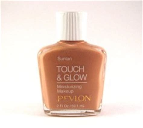 Revlon Touch And Glow Moisturizing Makeup revlon touch glow moisturizing makeup