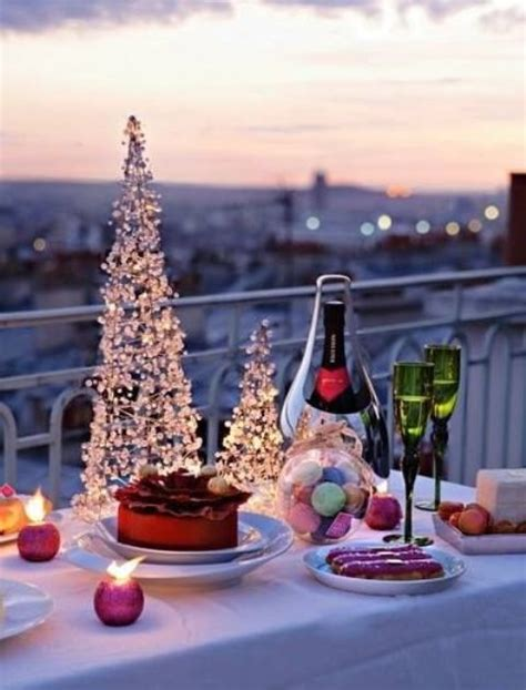 apartment patio christmas decorating ideas 17 cool balcony d 233 cor ideas digsdigs