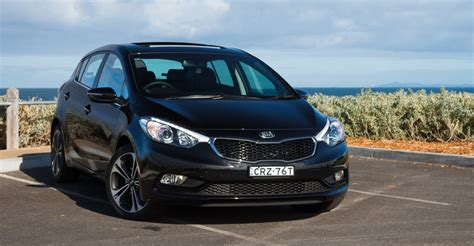 Kia Cerato Hatch Back 2015 Kia Cerato Review Sli Hatch Caradvice