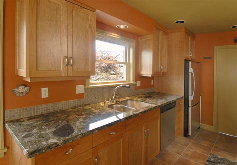 Solid Surface Kitchen Countertops Granite Countertops Notes From The Field