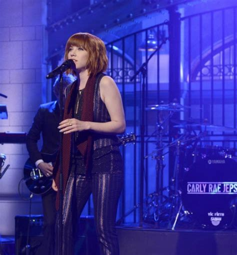 carly rae jepsen snl milky chance performs quot flashed junk mind quot on quot the tonight