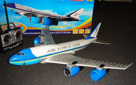toys r us airplanes toys r us remote airplanes toys rc remote