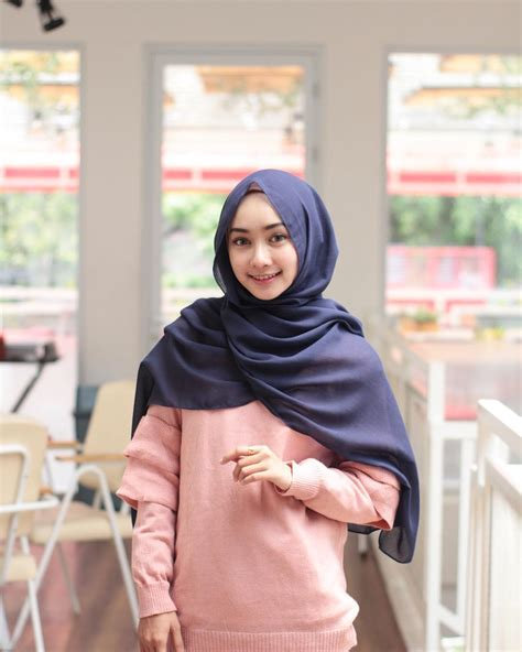 tutorial hijab pashmina tanpa jarum dan peniti 8 gaya hijab pashmina tanpa jarum pentul tapi tetap