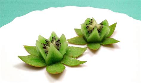 come fare un fiore di come fare un fiore di loto con un kiwi in un minuto