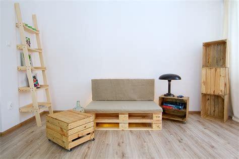 arredamento con bancali legno pallet idee economiche fai da te per arredare la casa