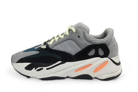 New Sepatu Sneakers Casual Pria Adidas Yeezy Boost 350 Yezzy Sport see the technology inside kanye west s new yeezy wave runner 700 footwear news