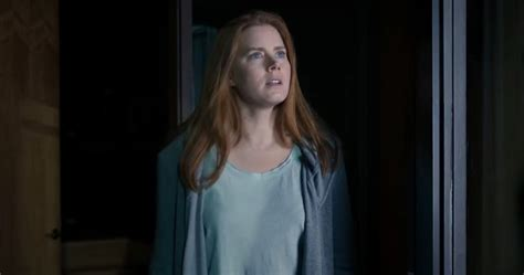 amy adams movies the arrival trailer has amy adams and jeremy renner