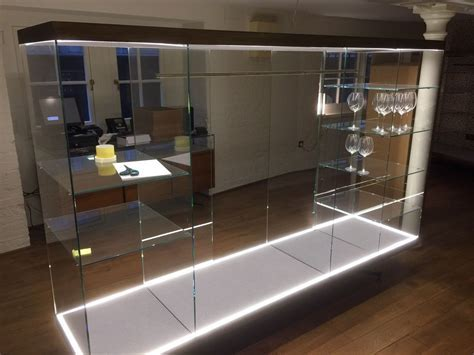 Secondhand Shop Equipment   Shop Display Cases   Pair of