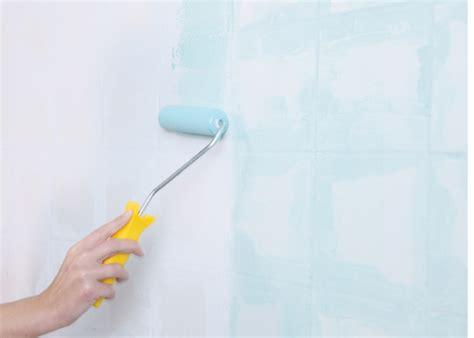 Badezimmer Fliesen Vermieter by Dusche Renovieren Wand Raum Und M 246 Beldesign Inspiration