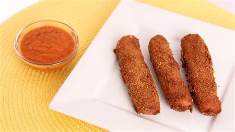 how to make delicious homemade mozzarella sticks musely