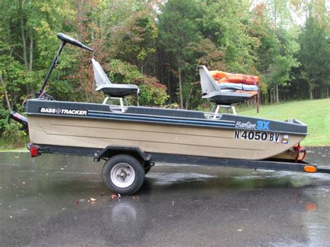 bass tracker bantam 3x boat minn kota motor trailer - Bass Tracker Bantam Boats