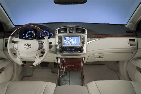 2010 toyota avalon interior new 2011 toyota avalon gets updated autotribute