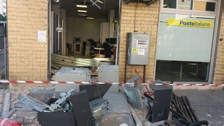 ufficio postale cosenza furto ufficio postale via popilia sradicato bancomat