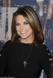 savannah guthrie hair color savannah guthrie hits the snl red carpet in midriff baring