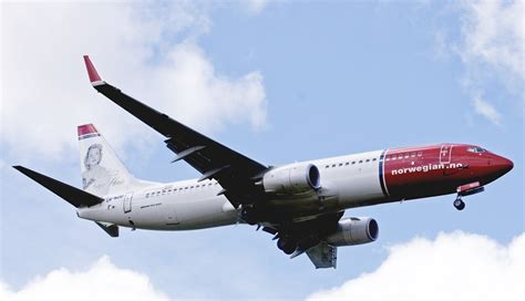 new low cost airlines bring more competition to trans atlantic flights chicago tribune