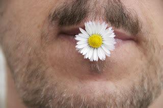 l uomo dal fiore in bocca commento emozioni dell anima