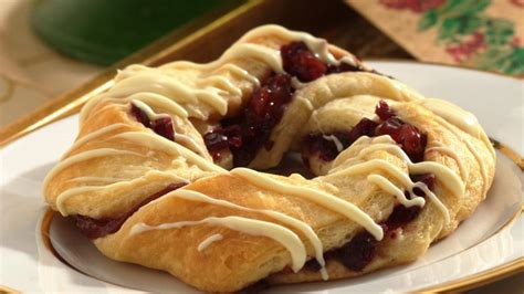 crescent roll christmas wreath recipe crescent rolls