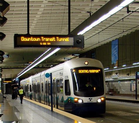 seattle light rail from airport 1000 images about areas washington seattle on
