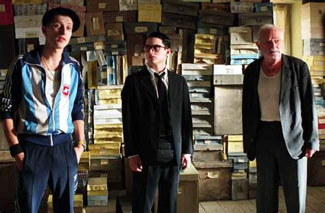 elijah wood everything is illuminated