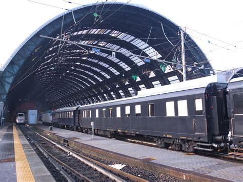Carrozze Treni Quattro Carrozze Treno Presidenziale Trasferite Dalla